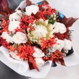 Какие цветы подарить скорпиону
