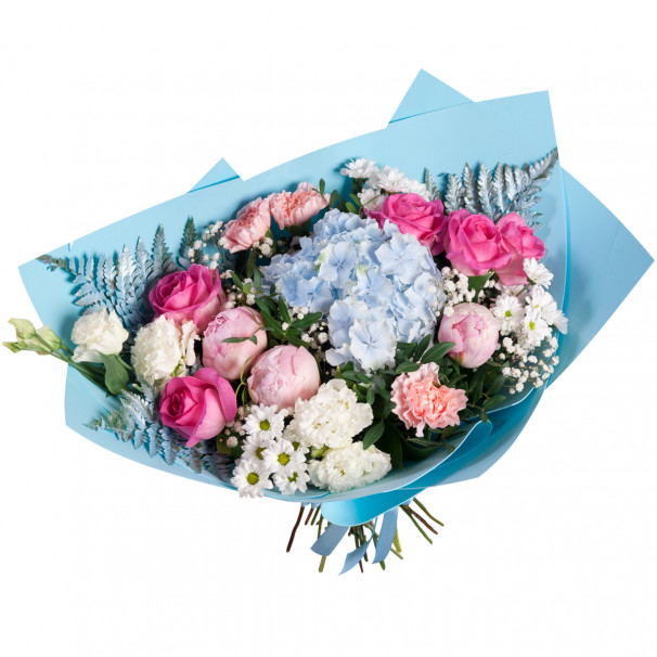 Букет из гортензии, пионов, роз и эустомы