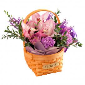 Корзинка с орхидеями, гвоздикой и тюльпанами