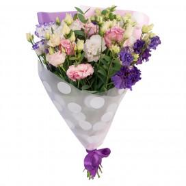 Букет цветов из 9 эустом микс с эвкалиптом