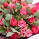 Букет цветов из 41 пионовидной розы микс