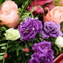 Букет цветов с розами, герберами, альстромерией и протеей