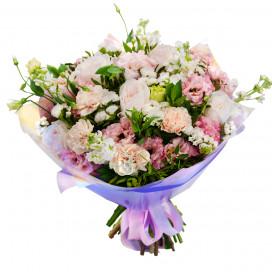 Букет из 7 роз с голландской гвоздикой и эустомой