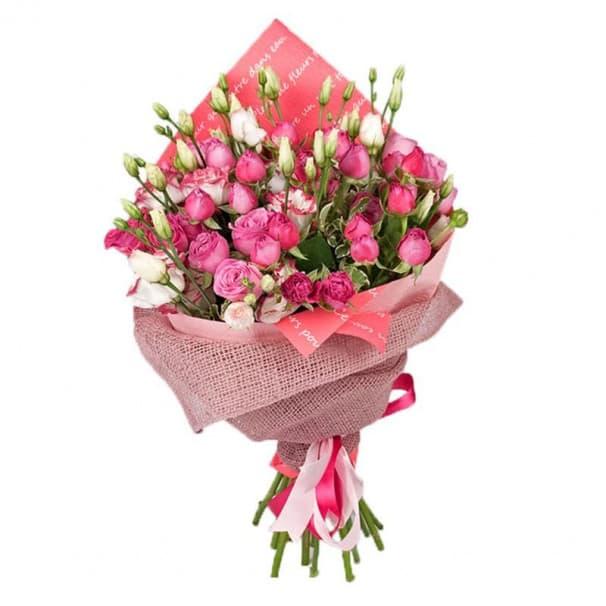 Букет микс из кустовой розы и эустомы