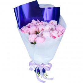 Букет цветов из 19 розовых пионов в упаковке (Премиум)
