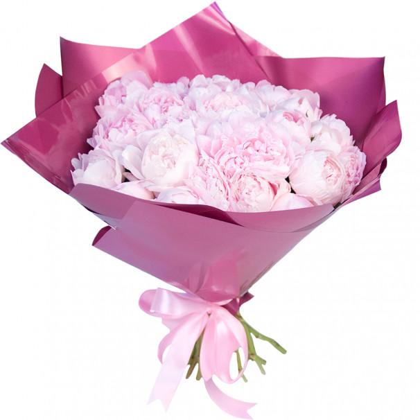 Букет цветов из 25 розовых пионов в упаковке (Стандарт)
