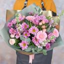 Букет цветов с герберами, хризантемами и розами
