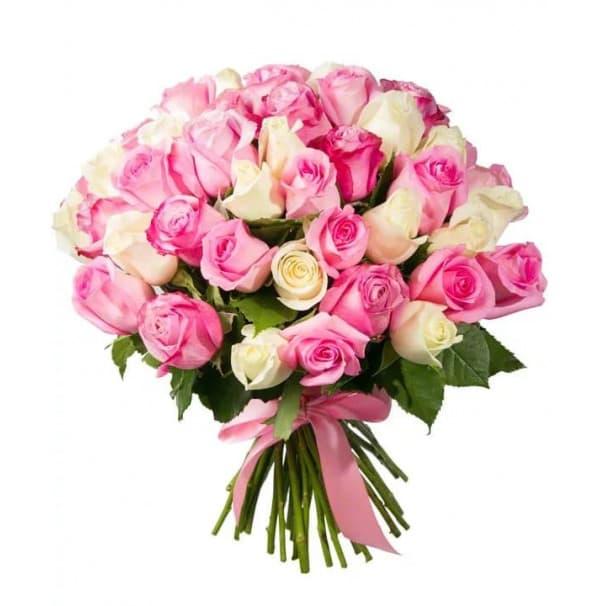 Пышный букет из импортных белых и розовых роз №248