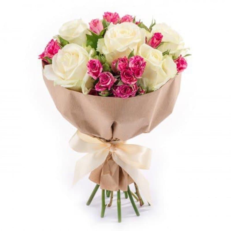 Купить букет кустовых роз в спб, девушка с букетом тюльпанов фото