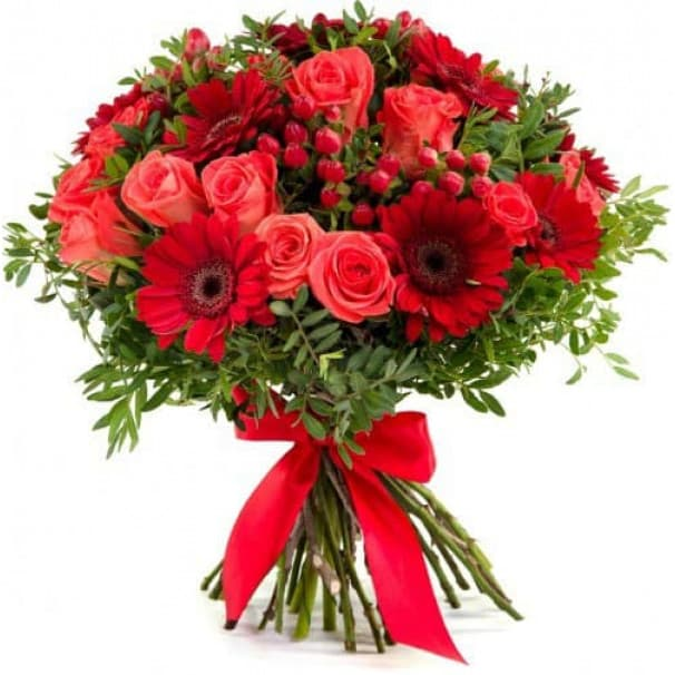 Красный букет из гербер и роз №168