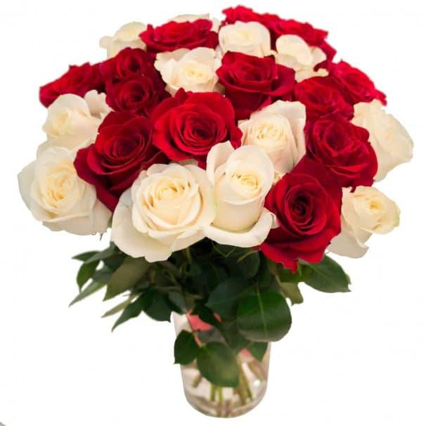 Букет из пышных эквадорских роз №134