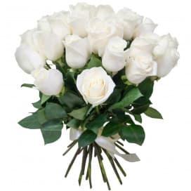 Букет №135 - 25 белых роз, перевязанных атласной лентой