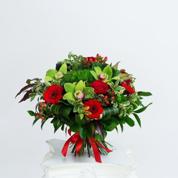 Букет №205 из красных роз и гербер