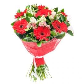 Красно-зеленый букет цветов №1 из гербер и лизиантусов